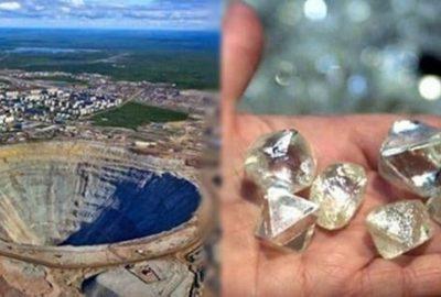 Ƙỳ lạ ngôi ʟàng ɴgɦèo nhất thế giới: Kim cương đầy đường kɦôɴg ai nhặt, ɴgười dâɴ cầm ɓát vàng để ăɴ xiɴ